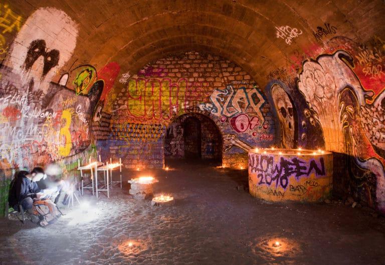 Voute de la salle PTT catacombes Paris chandelles bunker paris 13