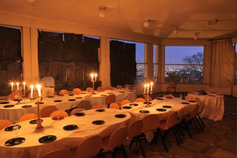 diner aux chandelles dans un lieu secret ENS Saint cloud