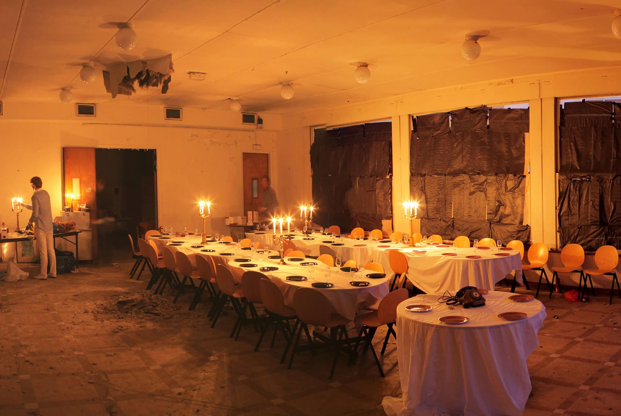 WATO : A fancy dinner in an abandoned school of Paris