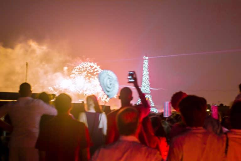 rooftop Paris feu artifice Tour Eiffel insolite vue exceptionelle toit ancien hopital Saint-Michel urbex thème fête nationale 14 juillet 2013 agence wato we are the oracle evenementiel events