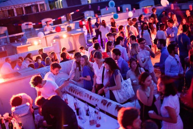 rooftop fun soirée dansante Tour Eiffel Paris insolite vue exceptionelle toit ancien hopital Saint-Michel urbex thème fête nationale 14 juillet 2013 agence wato we are the oracle evenementiel