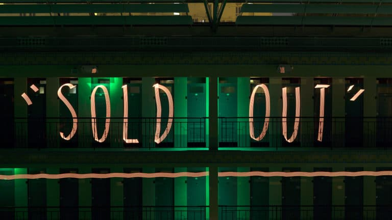 Sold Out lightpainting Jadikan piscine pailleron espace sportif pailleron Paris 19 france teaser the underwater party soirée wato agence wato we are the oracle evenementiel events