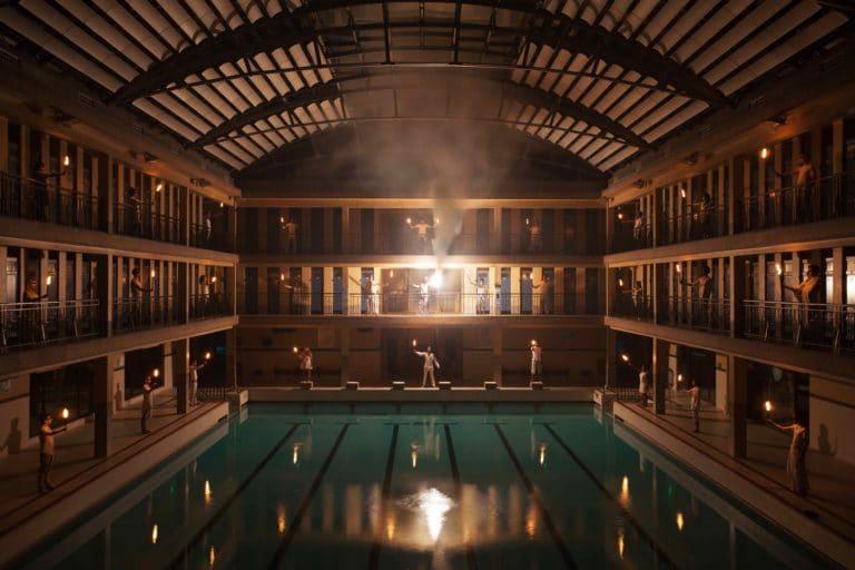 acteurs flambeaux flame feu reflet sur l eau piscine pailleron espace sportif pailleron Paris 19 france teaser underwater soirée wato agence wato we are the oracle evenementiel events