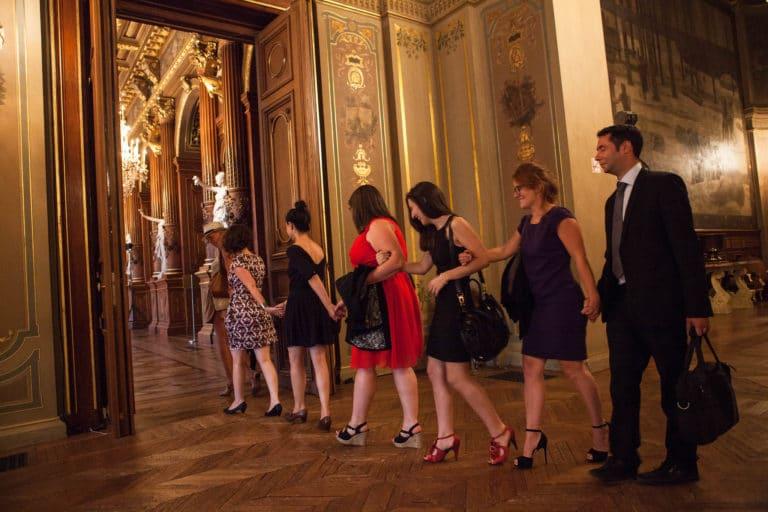 découverte-visite-privée-des-salons-de-l-Hotel-de-ville-de-Paris-France-diner-volants-My-Little-Paris-x-Mairie-de-Paris-agence-wato-we-are-the-oracle-evenementiel-events