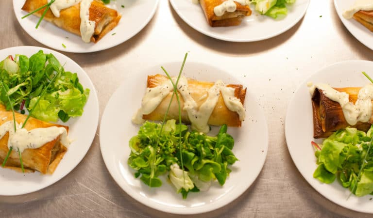 entrée salade soufflé traiteur food diners volants my little paris agence wato we are the oracle evenementiel events