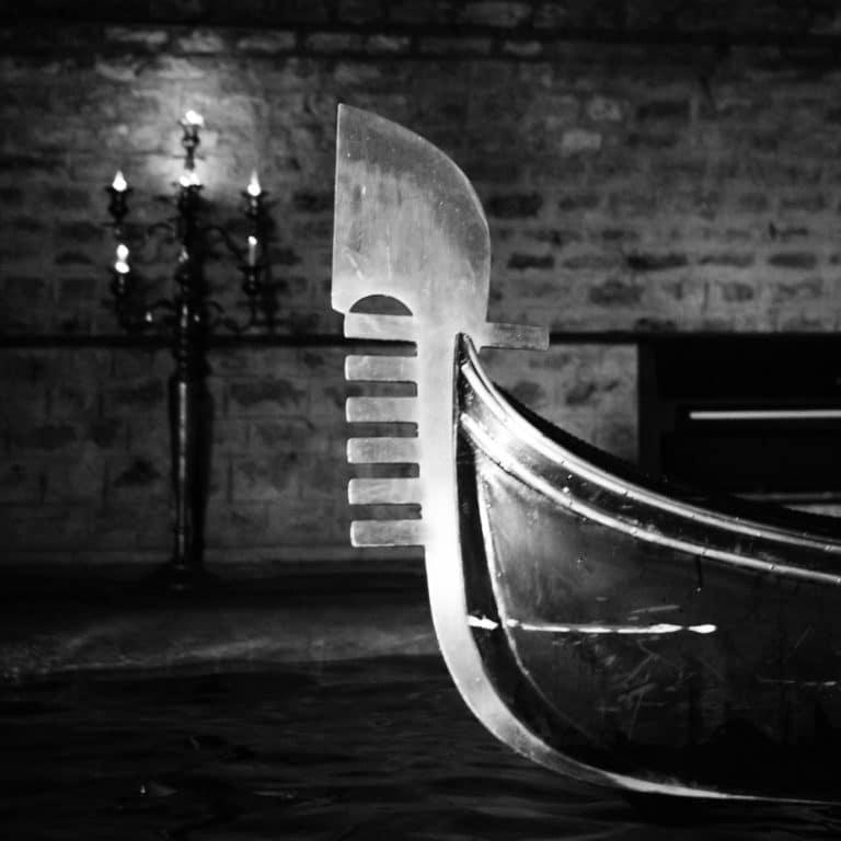 fero de prova gondole noir et blanc tournage venise sous paris voute richard lenoir agence wato we are the oracle