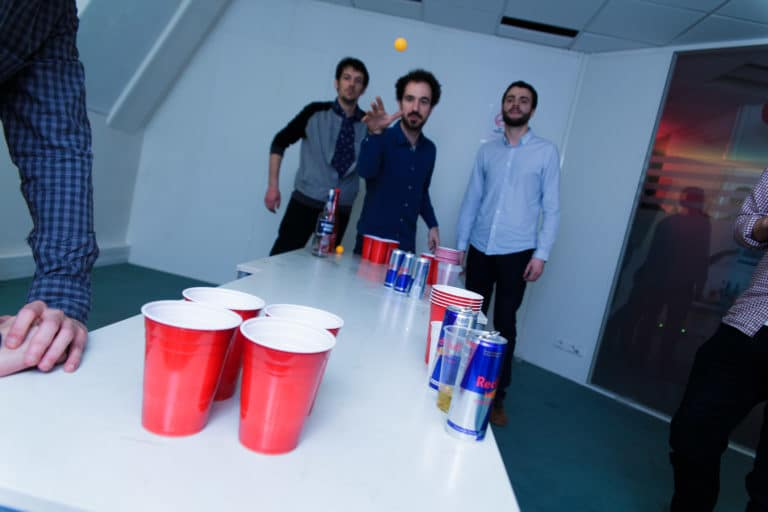 beer pong red cup redbull energy drink ancien bureaux abandonnés 15 ans Price Minister Rakuten agence wato we are the oracle evenementiel events