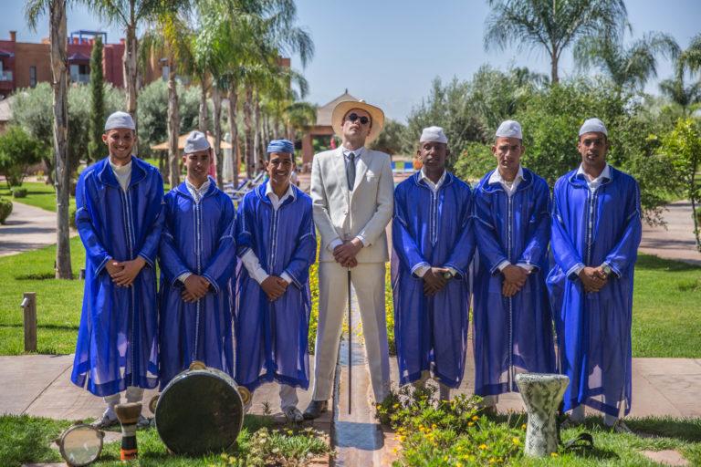 Organisation-de-seminaire-a-marrakech-theme-OSS-117-acteurs-costumes