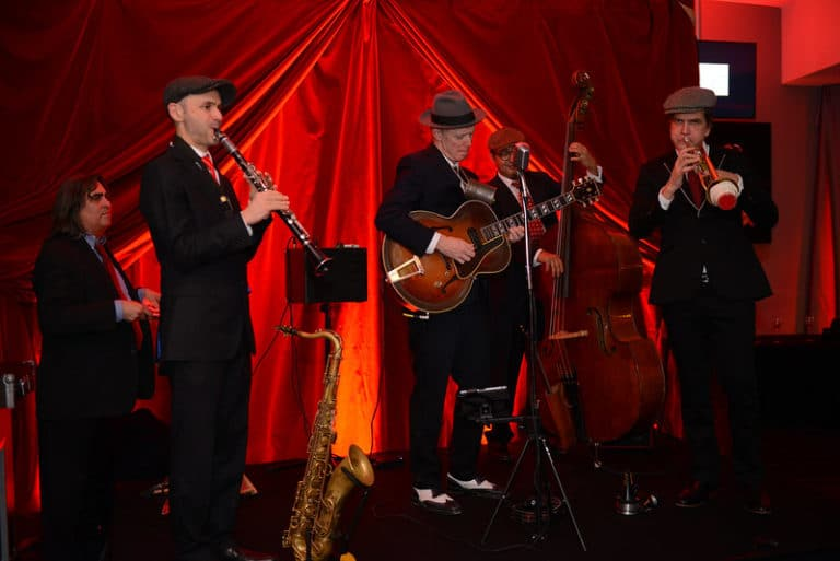 groupe de music jazz swing intime immersive evenement sur mesure prohibition the hemingway club marriott international agence wato we are the oracle evenement events