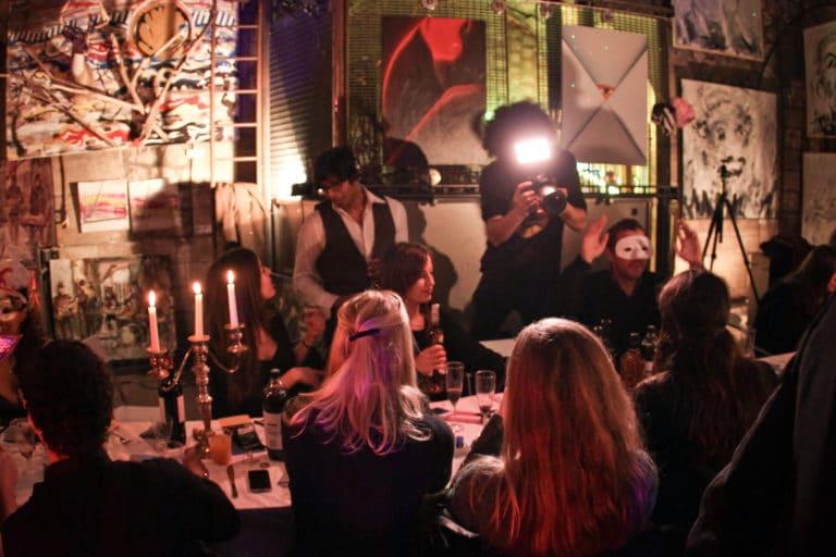 diner glamour dans un squatt arty paris agence WATO