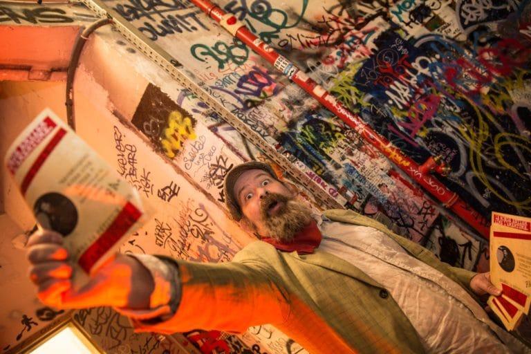 Benoit hamelin syndicaliste journal personnalise les frigos loft baroque paris france evenement corporate campari secret factory agence wato we are the oracle evenementiel