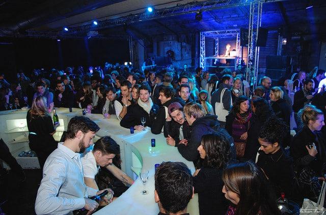 bar à champagne lancement de produit ancienne gare frigorifique bercy france lancement casque bose soundtrue live in the cube bose agence wato we are the oracle evenementiel events