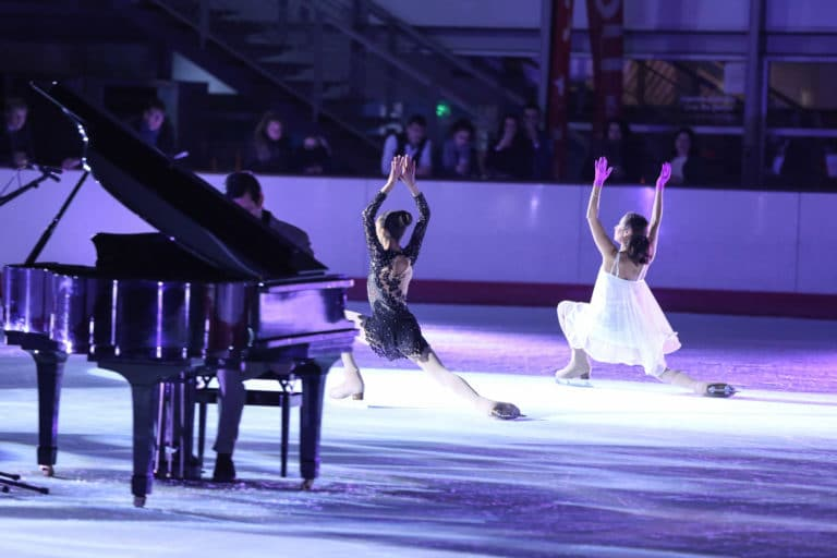Mattias mimoun pianiste piano Amandine rouge vanessa baranets patineuses artistiques patinoire pailleron 10 ans espace sportif pailleron ucpa agence wato we are the oracle evenementiel event