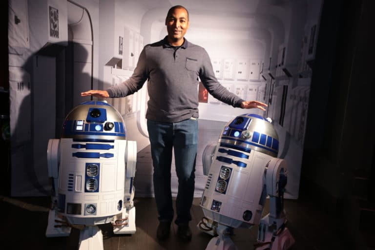 photocall star wars r2d2 star wars paris france theme dark vador evenement sur mesure icdc agence wato we are the oracle evenementielle events