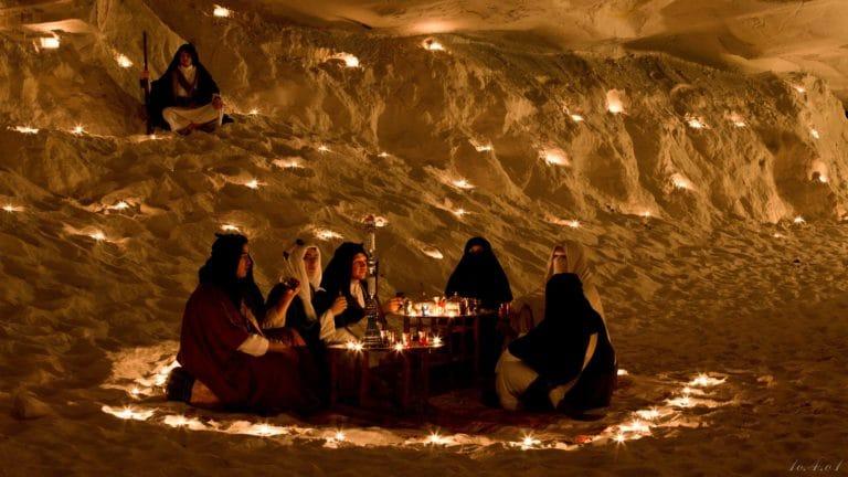 bougies torche sable grotte caverne secrete insolite lawrence d arabie France insolite teaser video le serment d'alcazar agence wato we are the oracle evenementiel events