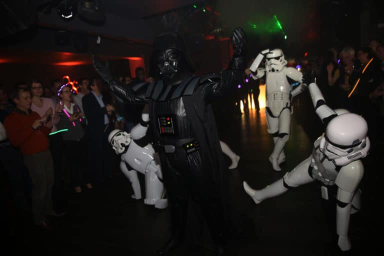choregraphie danse star wars paris stormtroopers theme dark vador icdc agence wato we are the oracle evenementielle events