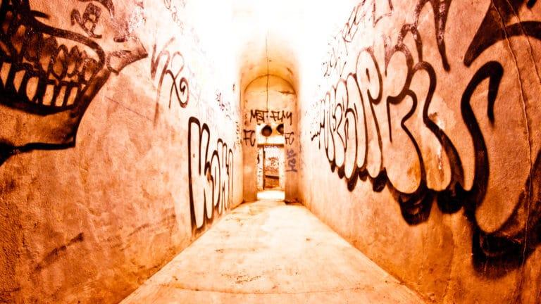 couloir graffitis Abri Lefebvre abri anti atomique paris 15 e arrondissement France soirée exceptionnelle Victorious Shelter agence wato we are the oracle evenementiel events