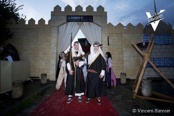 customes bedouins traditionnel scénographie sur mesure espace glisse paris 18 skatepark municipale serment d'alcazar evenement public agence wato we are the oracle evenementiel event