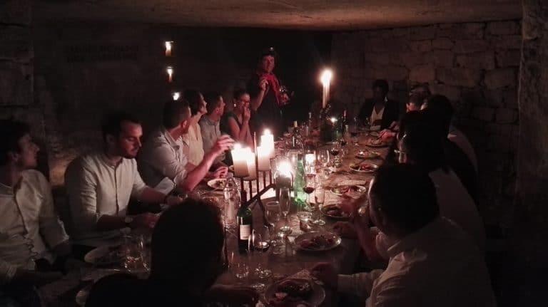diner aux chandelles diner exceptionnel dans les catacombes evenement sur mesure lieu insolite ideuzo client leboncoin agence wato we are the oracle evenementiel event