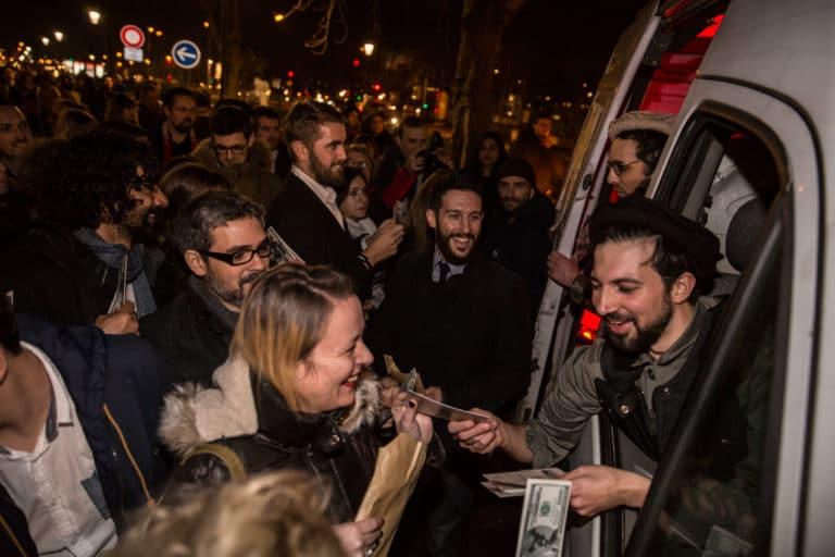 distribution de faux billets taliban acteurs amanullah paris soiree de lancement de produit serie kaboul kitchen saison 3 canal + agence wato we are the oracle event