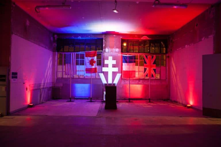 drapeaux canada france Croix de Lorraine Abri Lefebvre abri anti atomique paris 15 e arrondissement France soirée exceptionnelle Victorious Shelter agence wato we are the oracle events