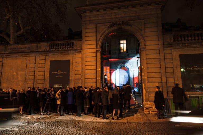 entrée portail hotel particulier paris hotel Salomon de Rothchild paris 8 france padam padam soirée des années 20 agence evenementielle wato we are the oracle events