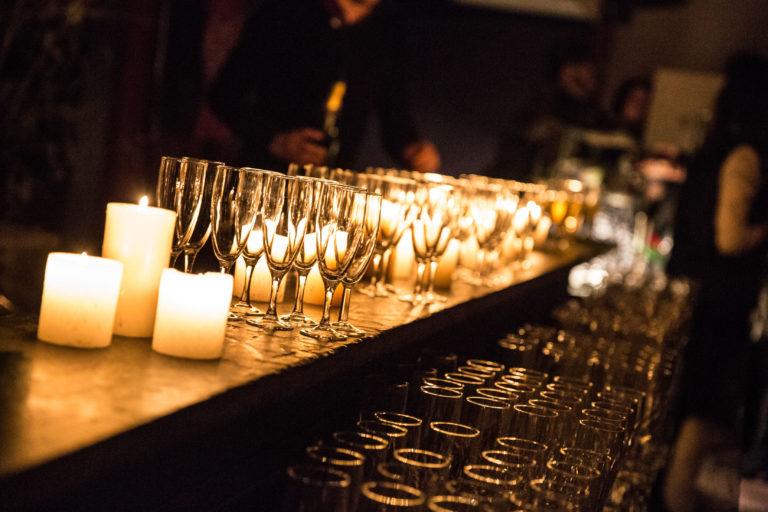 flute verrerie bougies bar a champagne loft piscine paris 15 loft ps one paris france soiree de lancement de produit serie kaboul kitchen saison 3 canal + agence wato we are the oracle events
