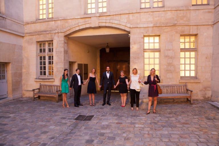 invités cours intérieure Musée Cognacq Jay Pars France diner volants My little Paris agence wato we are the oracle evenementiel events
