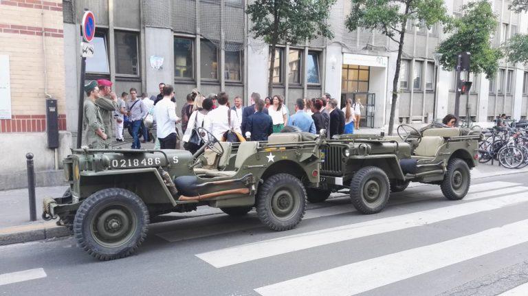 jeep militaire voiture de guerre diner exceptionnel dans les catacombes evenement sur mesure lieu insolite ideuzo client leboncoin agence wato evenementiel event