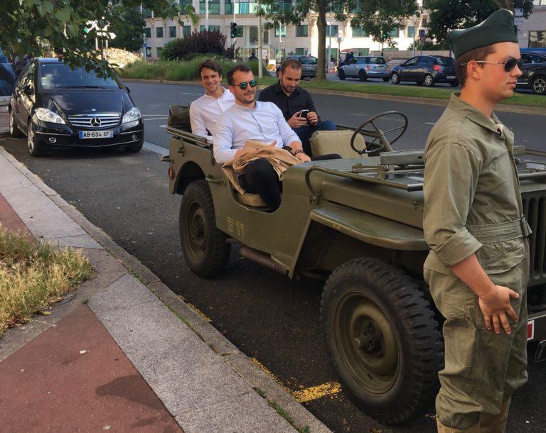 jeep militaire voiture de guerre diner exceptionnel dans les catacombes evenement sur mesure lieu insolite ideuzo client leboncoin agence wato evenementiel events
