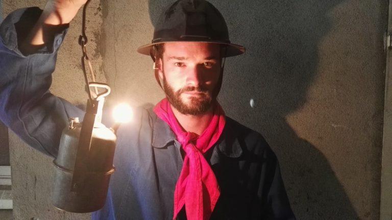 louis-marie rohr costume mineur diner exceptionnel dans les catacombes evenement sur mesure lieu insolite ideuzo client leboncoin agence wato evenementiel events