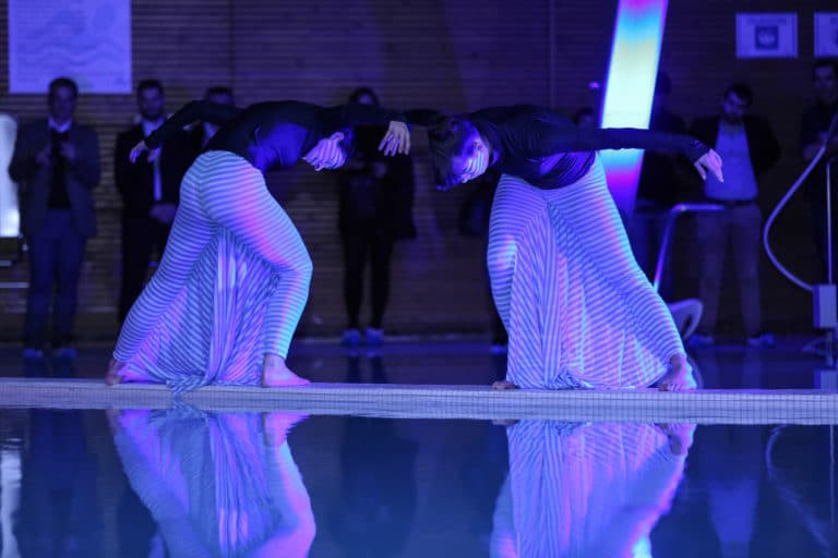 lucie moulin aude arago danseuses comtemporaines performance scenographie sur mesure soiree exceptionelle 10 ans espace sportif pailleron ucpa agence wato we are the oracle evenementiel event