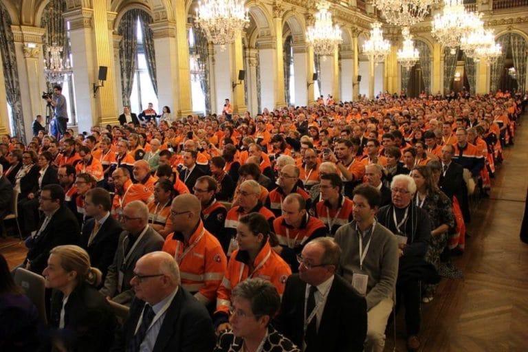 lustres conférence discours hotel de ville de paris france congrès des 50 ans fédération nationale de protection civile agence wato we are the oracle evenementiel event