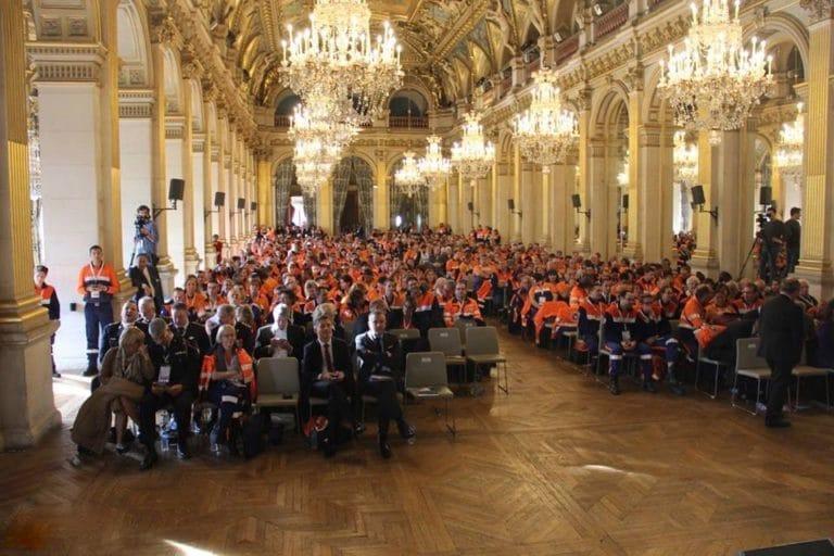 lustres conférence discours hotel de ville de paris france congrès des 50 ans fédération nationale de protection civile agence wato we are the oracle evenementiel events