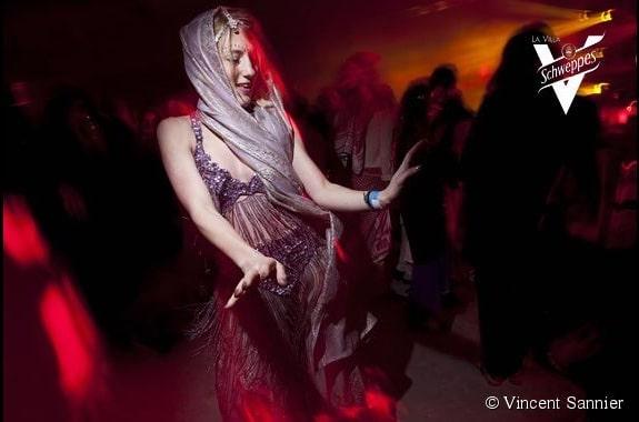 princesse danseuse du ventre arabe danse orientale scénographie sur mesure espace glisse paris 18 skatepark municipale serment d'alcazar agence wato we are the oracle events