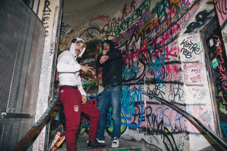 racailles acteurs escaliers graffitis entree loft baroque paolo calia anniversaire milliardaire indien agence wato we are the oracle evenementiel events