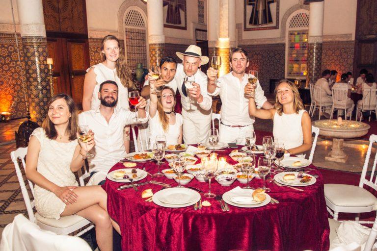 soiree-blanche-palais-soleiman-organisation-seminaire-a-marrakech-theme-oss-117