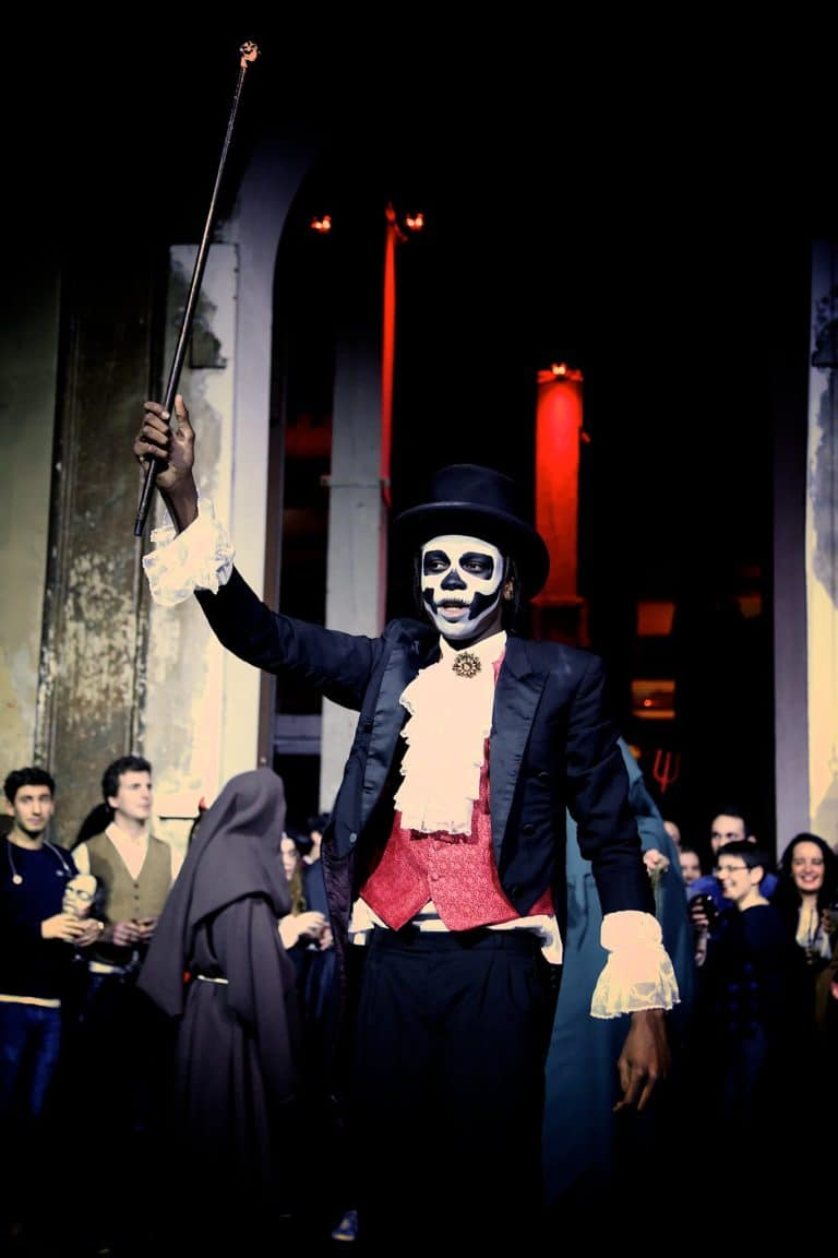 squelette dia de los muertos acteur paranormal theme cafe a ancien couvent des recollets evenement corporate amazon thriller party agence wato we are the oracle evenementiel event