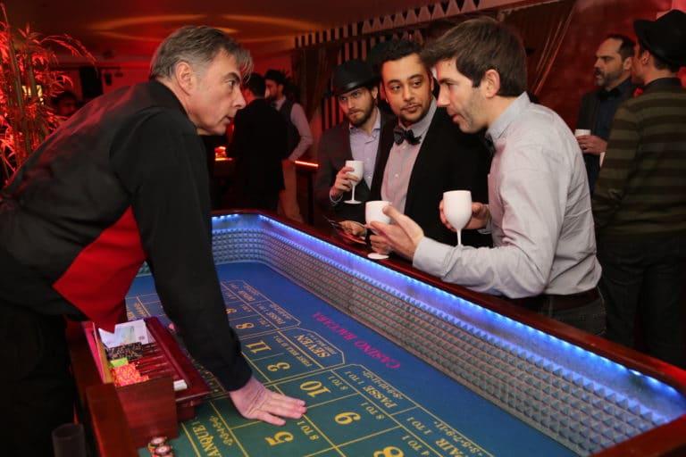 table blackjack jeux casino ancien theme prohibition the great gatsby loft piscine paris 15 loft ps one evenement sur mesure winamax agence wato we are the oracle evenementiel events