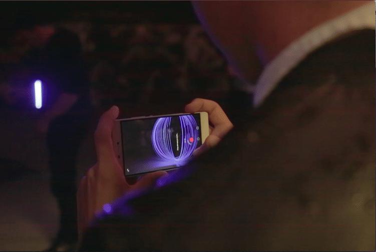 lancement huawei p8 pause longue wato-agence-evenementielle-huawei-lightpainting-telephone-video
