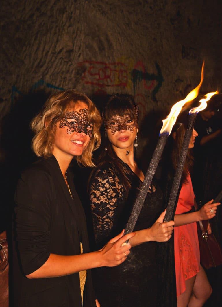 wato-agence-evenementielle-paris-the-hidden-temple-carriere-brimborion-masque-flambot