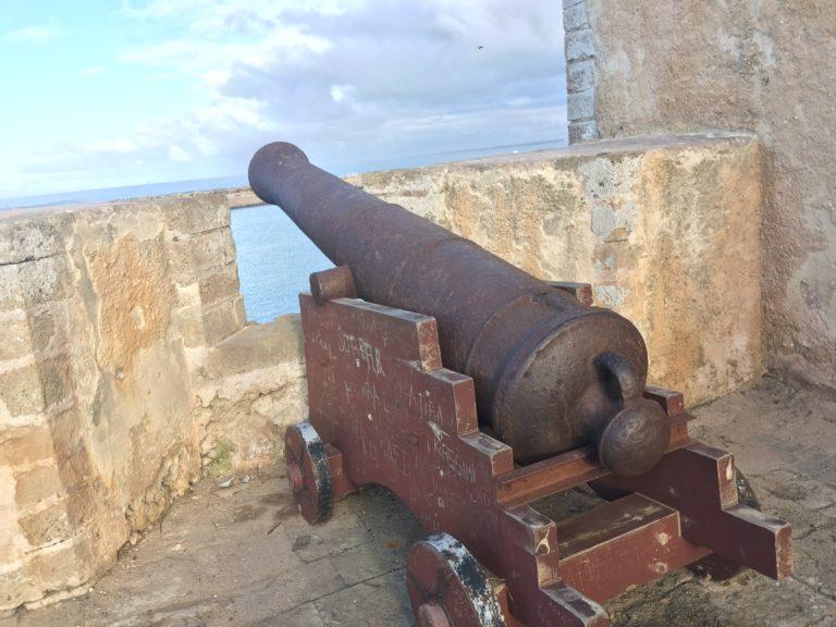 canon rempart cite portugaise maroc