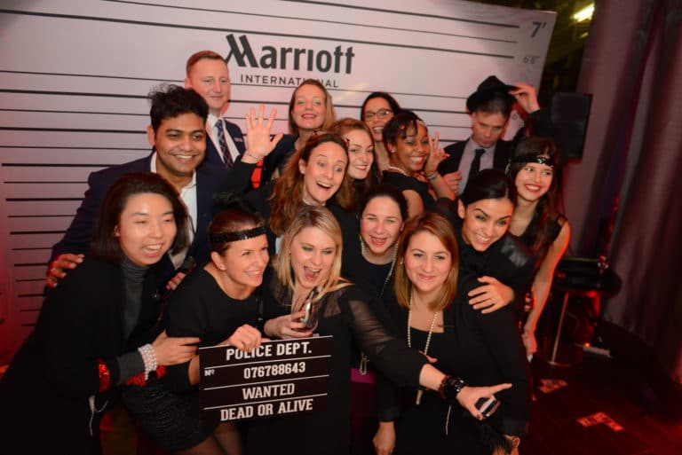 photocall clap groupe vip acteur soiree intime immersive evenement sur mesure prohibition the hemingway club marriott international agence wato we are the oracle evenementiel events