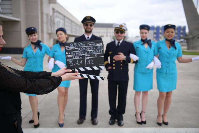 making of tournage theme aeroport vintage le bourge
