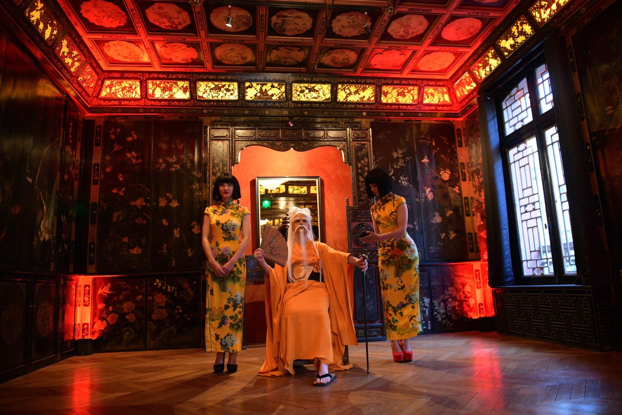 Un dîner spectaculaire thème Lotus Bleu dans une pagode