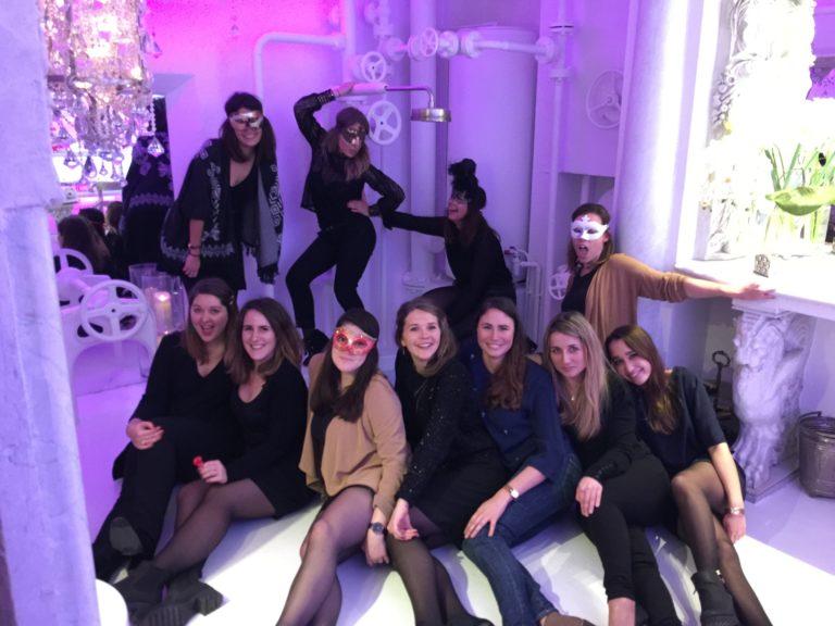 Human n partners filles équipe team masques venise italie agence wato paris soirée event corporate evenementiel