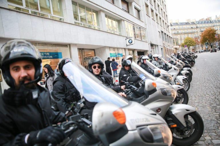 casque motos taxis parcours evenement sur mesure experience immersive lieu mysterieux paris france agence 4 people client leboncoin agence wato we are the oracle evenementiel