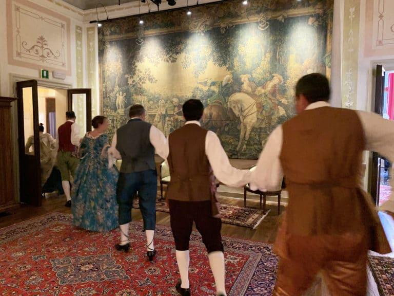 danse-traditionnelle-palazzo-marine-seminaire-corporate-venise-