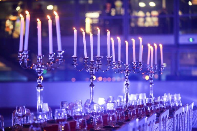 dinner aux chandelles patinoire pailleron privatisation vin événement corporate lieu insolite paris france diner sur la glace leboncoin agence wato we are the oracle evenementiel
