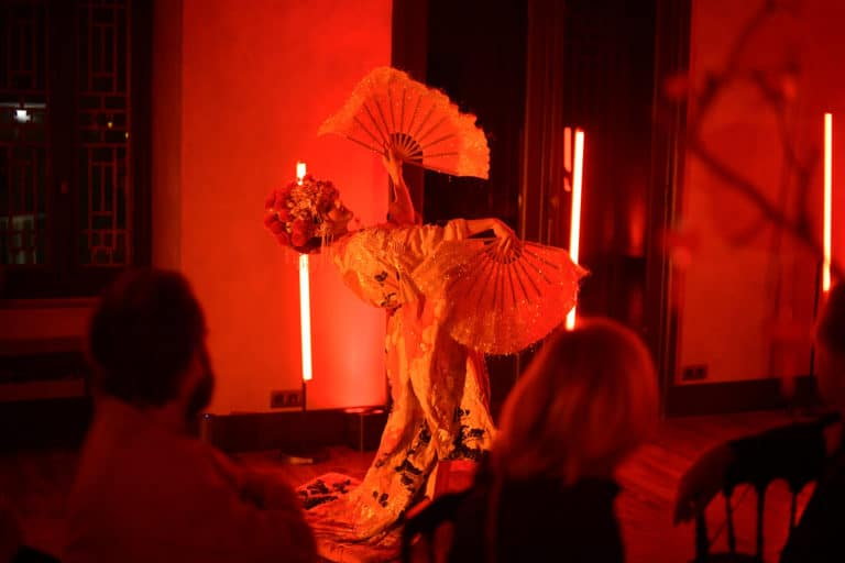 dinner geisha performance hotel particulier pagode chinoise scenographie sur mesure paris chine france agence wato we are the oracle evenementiel events